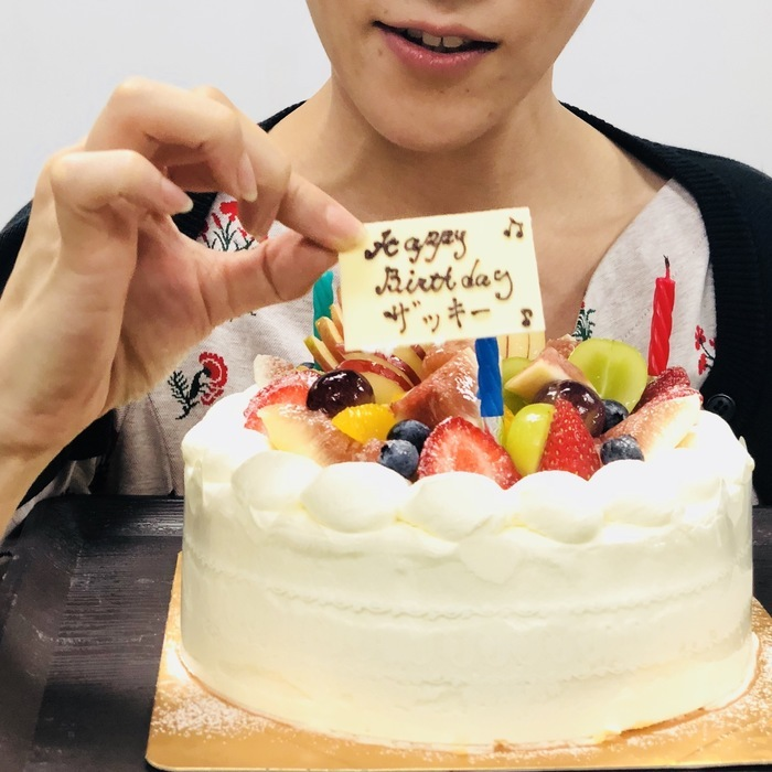 岡崎さんお誕生日!ツアー仕込みで、1日早くお祝いでした。そしてあっという間にお誕生日当日。おめでたいことは良いことですね。