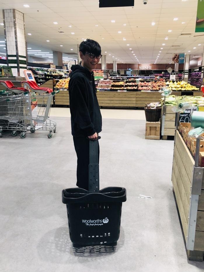 怒涛の行程で、オーストラリアにきています。現地でも変わらず怒涛のスケジュール。なんとかスーパーに立ち寄ってのフリータイム。外国のスーパーはなにかと豪快で気持ちいいですね。 撮影の詳細はまた追って。