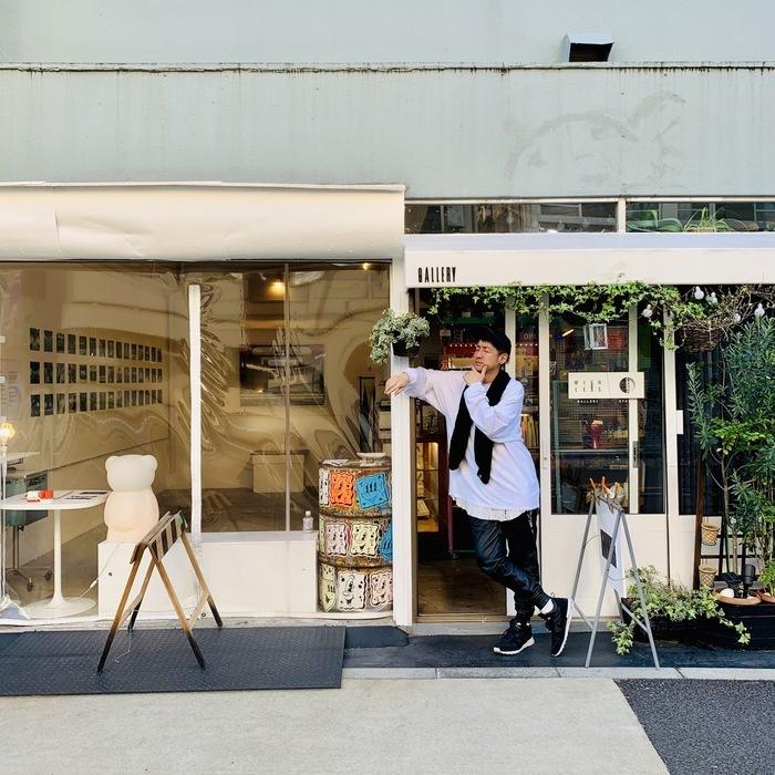 先日、黒瀧節也氏の個展「MIND THE GAP」に。 隙のないコンセプトに、面白い裏話。 めちゃくちゃ刺激を受けました。 田端のWISH LESS galleryにて 11月24日までやっているそうです。