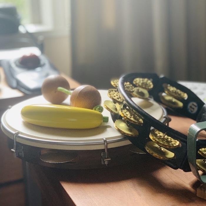 本日は タンバリンとか パンデイロとか バナナとか  リアレンジ曲のアンケート 皆さんありがとうございました。  頑張って作っていきます。